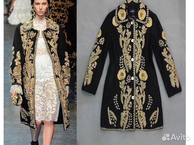 Пальто шерстяное, короткое, вышивка золотыми нитями, 44-46 размер - 60,000