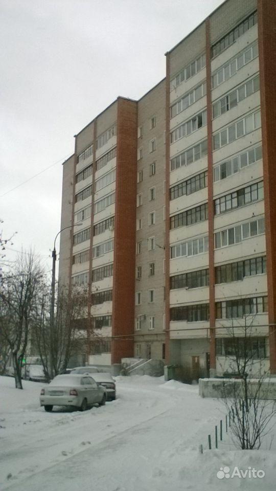 2-к квартира, 47 м², 8/10 эт.