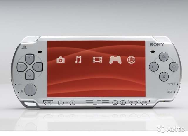 Sony PlayStation Portable Slim Lite 2008CW White— фотография №1