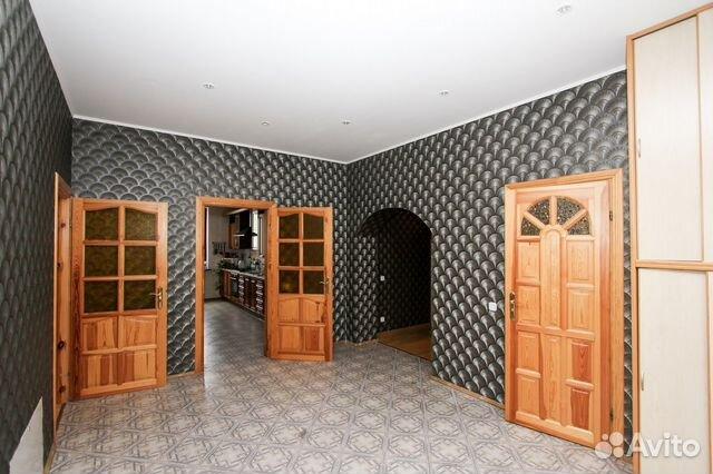 Продается четырехкомнатная квартира за 13 300 000 рублей. Сержанта Колоскова ул.