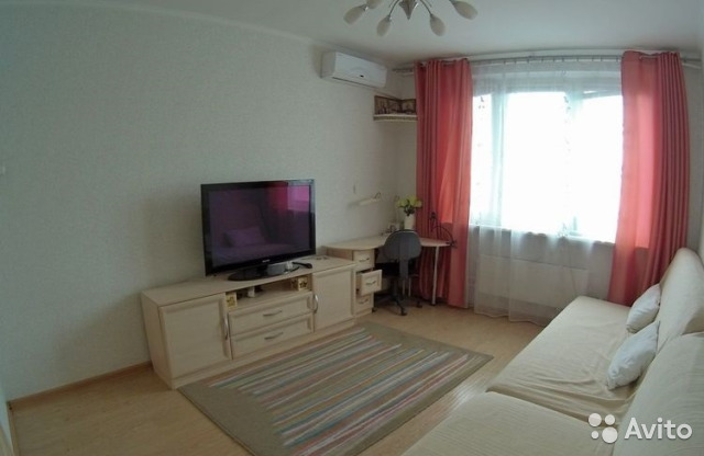 Продается трехкомнатная квартира за 12 000 000 рублей. ул. Белореченская д. 1.