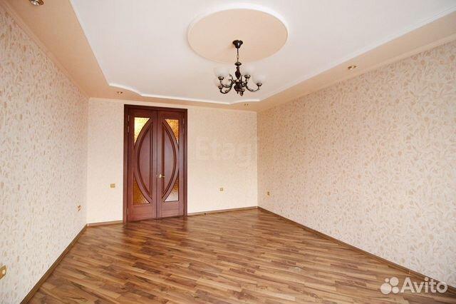 Продается трехкомнатная квартира за 5 500 000 рублей. Индустриальный, Павловский тракт, 126.
