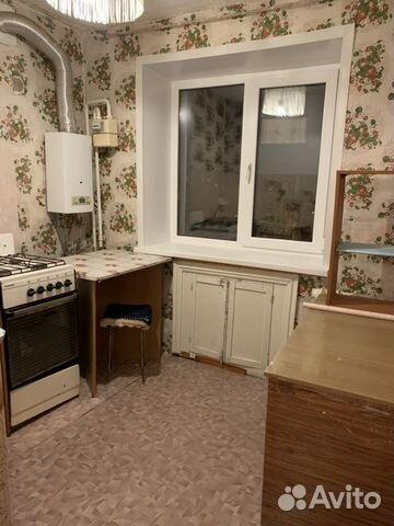 Продается двухкомнатная квартира за 850 000 рублей. Балашов, Саратовская область, микрорайон Комбината плащевых тканей.