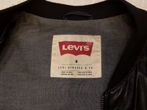 Кожаная куртка Levi's — Одежда, обувь, аксессуары в Москве