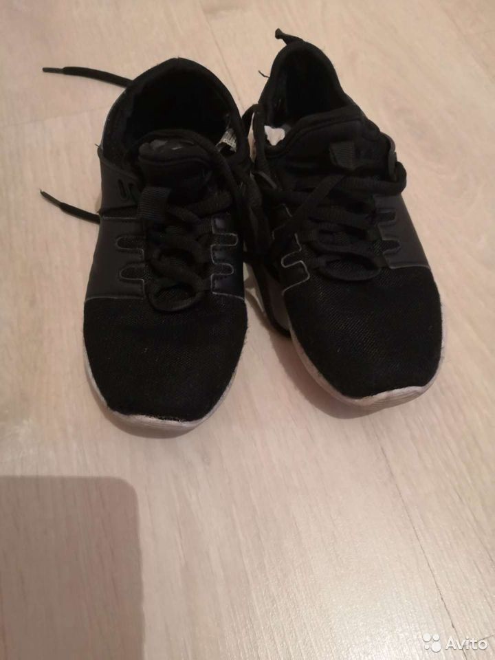Кроссовки +сандалии